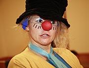 zirkus-himmelblau.de - Zirkus und Mitmachzirkus f�r Kinder - Spa� mit Clown Suse